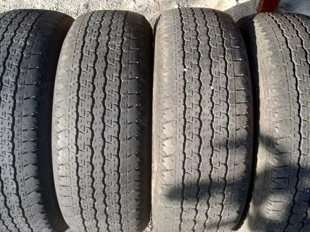 Комплект шин 265/65/17 Bridgestone за 45 000 тг. в Алматы – фото 4