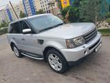 Land Rover Range Rover Sport 2005 года за 4 900 000 тг. в Алматы – фото 2