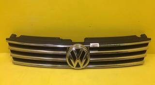 Решетка радиатора Volkswagen Touareg 2 рестайлинг 2014 н. в за 45 000 тг. в Нур-Султан (Астана)