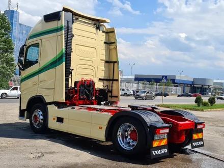 Volvo  FH13 460 2013 года за 23 500 000 тг. в Алматы – фото 4