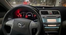 Toyota Camry 2007 года за 6 200 000 тг. в Алматы – фото 2
