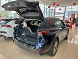 Toyota Highlander Luxe 2021 года за 33 370 000 тг. в Костанай – фото 4
