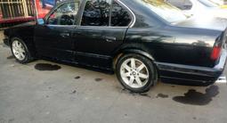 BMW 520 1991 года за 850 000 тг. в Алматы – фото 4