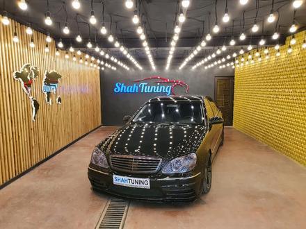 На Сервис по установке обвесов Требуется автомаляр и помощник автомаляра. в Алматы