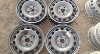 Оригинальные металлические диски на Volkswagen Т4 (R16 5*112 ЦО57 за 50 000 тг. в Нур-Султан (Астана)