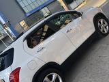 Chevrolet Tracker 2015 года за 6 300 000 тг. в Шымкент – фото 2