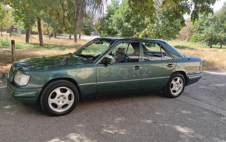 Mercedes-Benz E 280 1993 года за 2 800 000 тг. в Шымкент