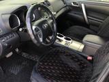 Toyota Highlander 2011 года за 10 500 000 тг. в Актау – фото 3
