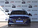 Hyundai Elantra 2021 года за 11 590 000 тг. в Алматы – фото 2