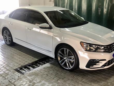 Volkswagen Passat 2017 года за 6 900 000 тг. в Алматы – фото 4