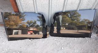 Форточка заднего крыла на паджеро 2008г за 25 000 тг. в Алматы