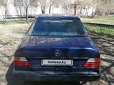 Mercedes-Benz E 200 1989 года за 1 300 000 тг. в Костанай – фото 2