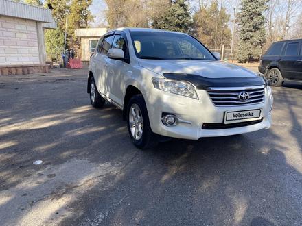 Toyota RAV 4 2011 года за 7 600 000 тг. в Алматы – фото 7