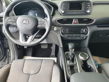 Hyundai Santa Fe 2020 года за 13 390 000 тг. в Уральск – фото 5