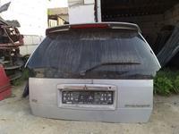 Крышка багажника митсубиси спейс рунер 2001г за 444 тг. в Костанай