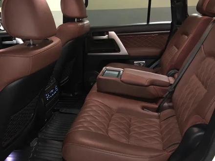 Toyota Land Cruiser 2018 года за 28 000 000 тг. в Алматы – фото 45