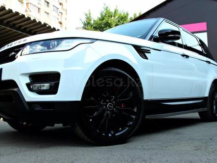 Land Rover Range Rover Sport 2014 года за 17 900 000 тг. в Алматы – фото 7