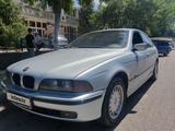 BMW 528 1996 года за 2 200 000 тг. в Шымкент – фото 2