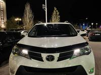 Toyota RAV 4 2014 года за 11 500 000 тг. в Актобе