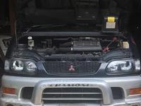 Двигатель 4м40 за 1 300 тг. в Тараз