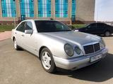 Mercedes-Benz E 200 1998 года за 2 950 000 тг. в Костанай – фото 2