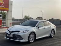 Toyota Camry 2019 года за 14 800 000 тг. в Шымкент