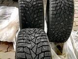 Шипованные шины Дунлоп состояние отличное за 180 000 тг. в Актобе – фото 5