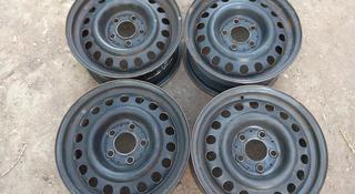 Оригинальные металлические диски на Mercedes W124 (R15 5*112 ЦО67 за 30 000 тг. в Нур-Султан (Астана)