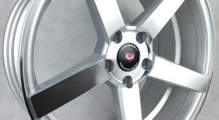 Комплект дисков Vossen CV3 8 18/5 114.3 D67.1 ET30 SP за 190 000 тг. в Караганда