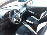 Hyundai Solaris 2012 года за 2 550 000 тг. в Уральск – фото 4