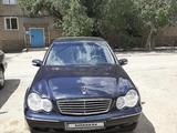 Mercedes-Benz C 200 2000 года за 2 000 000 тг. в Жезказган – фото 3