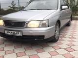 Nissan Bluebird 2000 года за 1 090 000 тг. в Нур-Султан (Астана)