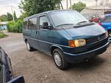 Volkswagen Multivan 1993 года за 2 500 000 тг. в Алматы – фото 3
