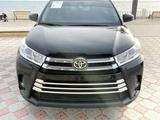 Toyota Highlander 2019 года за 21 000 000 тг. в Актау