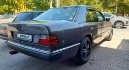 Mercedes-Benz E 280 1992 года за 1 120 000 тг. в Шымкент – фото 2
