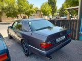 Mercedes-Benz E 280 1992 года за 1 120 000 тг. в Шымкент – фото 3