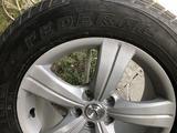 Зимние шины на дисках. за 130 000 тг. в Алматы – фото 2