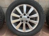 4 зимние шины с 5 дисками на Lexus LX570 за 530 000 тг. в Алматы