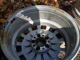 W211 оригинальные диски за 90 000 тг. в Алматы – фото 2