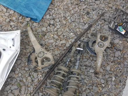 Передние ступицы цапфы лексус IS-250 год2008 за 20 000 тг. в Актобе