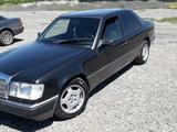 Mercedes-Benz E 230 1991 года за 1 250 000 тг. в Талдыкорган – фото 2
