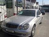 Mercedes-Benz E 200 2003 года за 3 350 000 тг. в Атырау – фото 3
