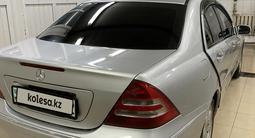 Mercedes-Benz C 220 2003 года за 3 800 000 тг. в Алматы – фото 3