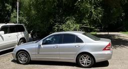 Mercedes-Benz C 220 2003 года за 3 800 000 тг. в Алматы – фото 5