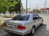 Mercedes-Benz E 230 1995 года за 2 100 000 тг. в Шымкент – фото 3