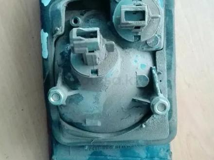 Фонарь внутренняя левая мицубиси галант е33 за 3 000 тг. в Экибастуз – фото 2