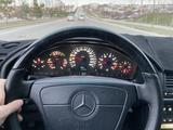 Mercedes-Benz S 320 1999 года за 4 700 000 тг. в Шымкент – фото 5
