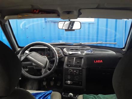 ВАЗ (Lada) 2110 (седан) 2002 года за 400 000 тг. в Актобе – фото 5
