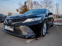 Toyota Camry 2018 года за 16 700 000 тг. в Алматы