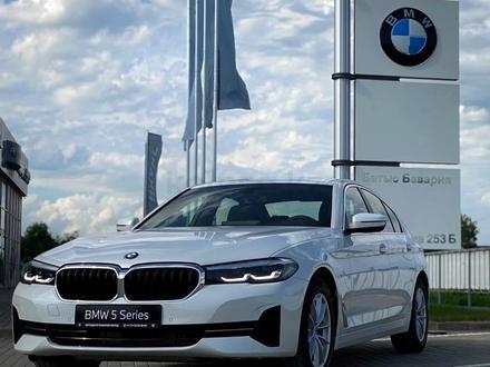 BMW 520 2021 года за 25 200 000 тг. в Уральск – фото 4